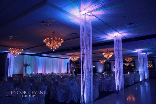 white_crystal_chandeliers