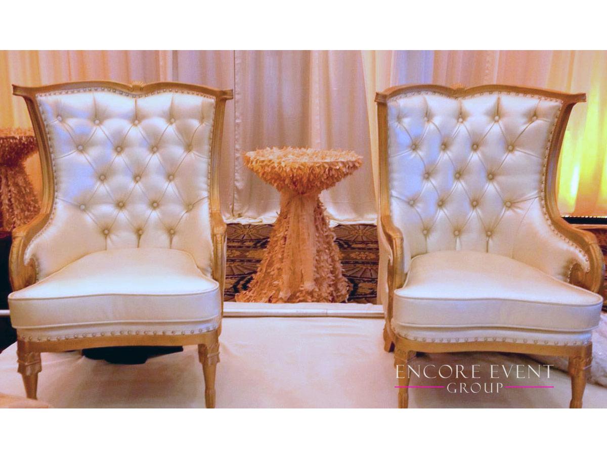 gold_thrones_setup