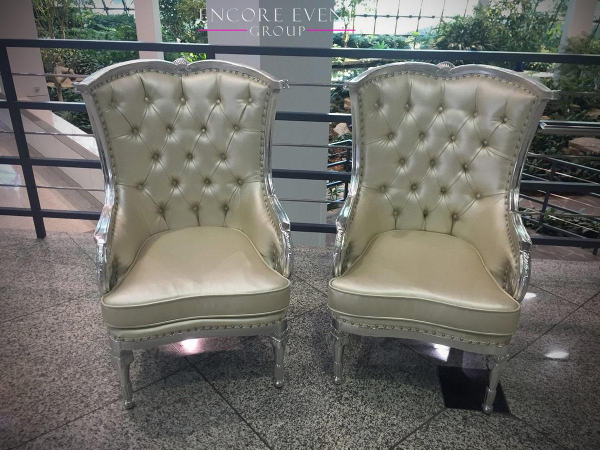 silver_thrones_setup