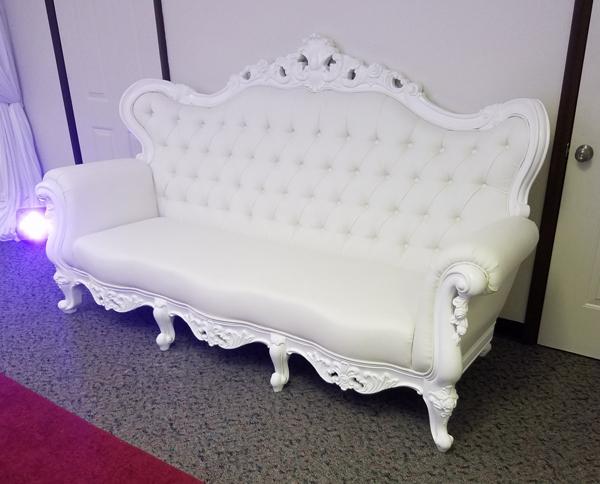 white_victorian_couch_rentals